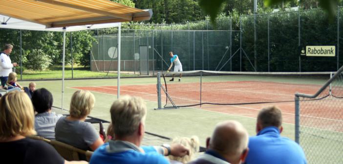 Zondag 26 juni tennisfinales bij SV. Harfsen Tennis